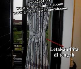 Cara Memasang Gorden Pita Disertai dengan Foto gorden dan petunjuk pemasangan gorden pita. Gorden Pita ini sering juga disebut dengan Gorden Kupu-kupu , Gorden Spiral atau Gorden Stik.