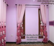 Gorden Hello kitty murah untuk kamar anak model pita dipadu gorden smokering