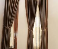 Gorden Rumah minimalis modern terbaru menggunakan bahan blackout polos delavigo