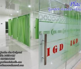 gorden rumah sakit bahan PVC anti noda darah anti bakteri anti air anti minyak standar akreditasi lulus uji lab bersertifikat ISO 1