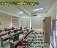 Gorden Vertikal Blind bahan blackout